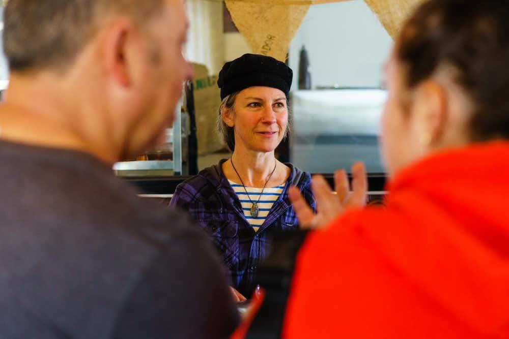 Customer service, Atelier Chocolat, Trentham